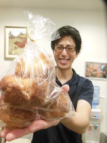 橋本さん サーターアンダギ―1.JPG